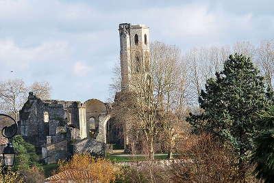 Abbaye de la sauve majeure routes des vins de bordeaux guide du tourisme de la gironde aquitaine