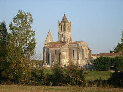 Abbaye de sablonceaux route des tresors de saintonge guide du tourisme de la charente maritime
