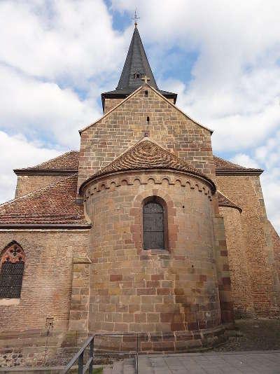 Abside romane xiie de l eglise abbatiale saint jean baptiste route romane d alsace guide du tourisme