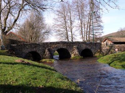 Alligny en morvan routes touristiques en saone et loire guide du tourisme en bourgogne