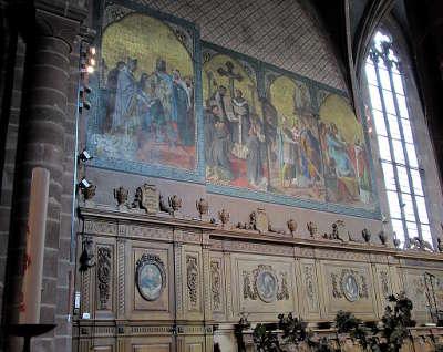 Alsace haut rhin guebwiller eglise saint leger ch ur stalles lambris de revetement et fresques vie de saint leger route romane d alsace guide du tourisme
