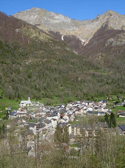 Aulus les bains route des cols des pyrenees guide touristique de l ariege
