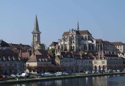 Auxerre abbaye saint germain routes touristiques dans l yonne guide du tourisme en bourgogne