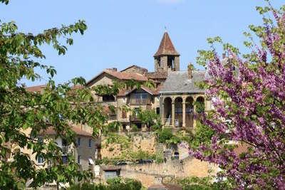 Belves plus beaux village de france sur les routes touristiques de la dordogne guide du tourisme de nouvelle aquitaine