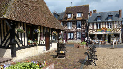 Beuvron en auge maison les plus beaux villages de frances routes touristiques du calvados guide du tourisme normandie