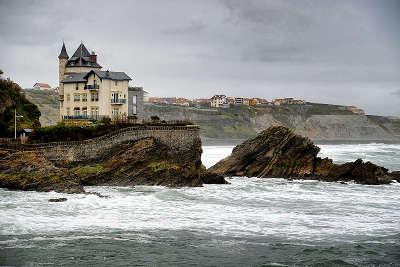 Biarritz la villa belza routes touristiques des pyrenees atlantiques guide du tourisme nouvelle aquitaine