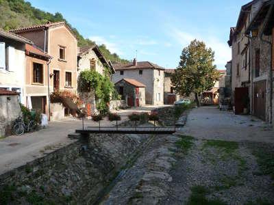 Blesle ruelles les plus beaux villages de france routes touristiques de haute loire guide touristique auvergne