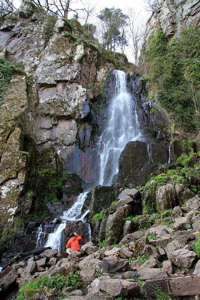 Cascade du nidec sur la route des chateaux d alsace guide du tourisme copie