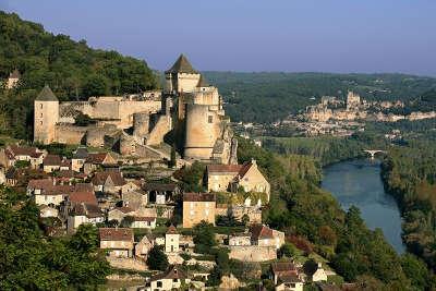 Castelnaud la chapelle route touristique en dordogne guide du tourisme de la nouvelle aquitaine