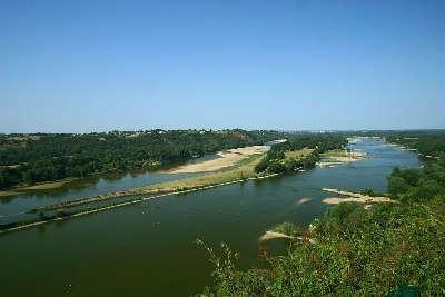 Champtoceau route des vins d anjou panorama de loire guide du tourisme de maine et loire