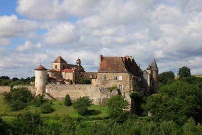 Chantelle l abbaye route au c ur de la vallee de la sioule routes touristiques de l allier guide touristique auvergne