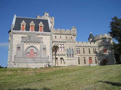 Chateau d abbadia route des seigneurs du bearn et du pays basque guide du tourisme des landes aquitaine