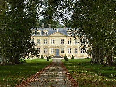 Chateau d amou route des seigneurs du bearn et du pays basque guide du tourisme des landes aquitaine