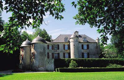 Chateau d urtubie route des seigneurs du bearn et du pays basque guide du tourisme des pyrenees atlantiques aquitaine