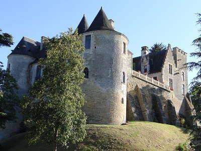 Chateau de fayrac routes touristiques de dordogne guide du tourisme en nouvelle aquitaine