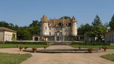 Chateau de la barge route historique des chateau d auvergne guide du tourisme du haute loire