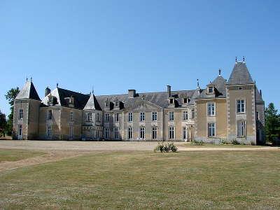 Chateau de panloy route des tresors de saintonge guide du tourisme de la charente maritime