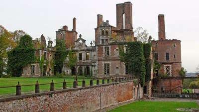 Chateau de randan les routes touristiques du puy de dome guide touristique auvergne