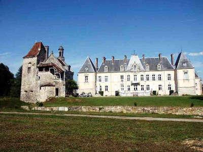Chateau de saint loup route des monts et merveilles de franche comte