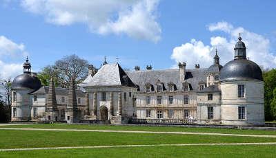 Chateau de tanlay route historique des ducs de bourgogne
