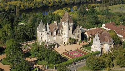 Chateau des milandes les routes touristiques de dordogne guide du tourisme en nouvelle aquitaine
