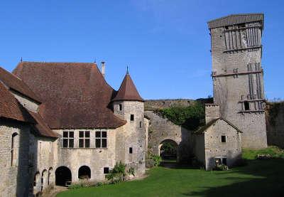Chateau medieval d oricourt route des monts et merveilles de franche comte