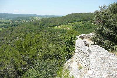 Cornillon route des vins de pont esprit a saint victor guide du tourisme du gard