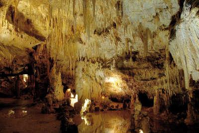 Domme la grotte les routes touristiques de dordogne guide touristique de nouvelle aquitaine