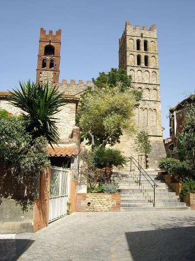 Elne la cathedrale route des vins en albere guide du tourisme des pyrenees orientales
