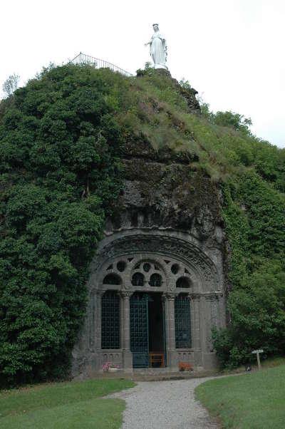 Fontanges route touristique des vallees aux montagnes du cantal routes touristiques du cantal guide touristique auvergne