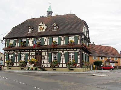 Gambsheim la mairie route du rhin guide touristique du bas rhin alsace