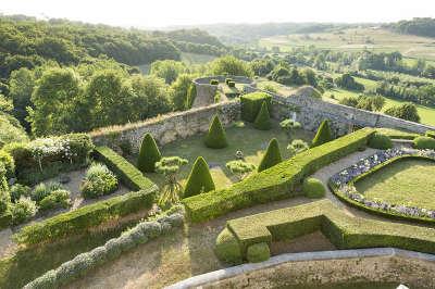 Jardin du chateau de montreal a issac jardin remarquable en dordogne guide du tourisme en dordogne nouvelle aquitaine