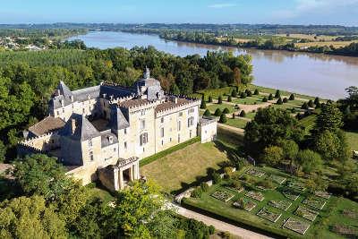 Jardin du chateau de vayres jardin remarquable routes touristiques en gironde guide du tourisme nouvelle aquitaine