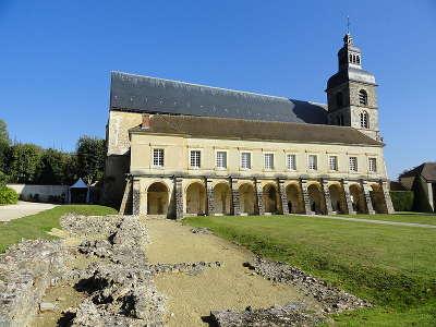 L abbaye saint pierre d hautvillers la route touristique du champagne la vallee de la marne guide du tourisme de la marne