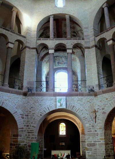 L abbaye saints pierre et paul a ottmarsheim route romane d alsace guide touristique