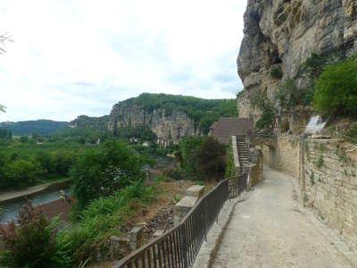 La roque gageac l un des plus beaux villages de france les routes touristiques de la dordogne guide touristique de nouvelle aquitaine
