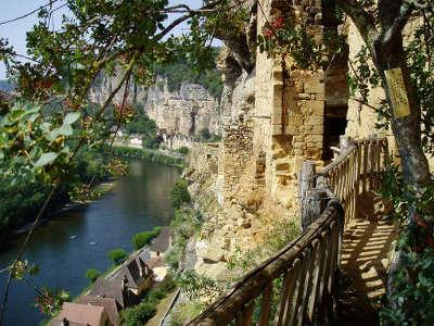 La roque gageac plus beaux villages de france les routes touristiques de la dordogne guide touristique de nouvelle aquitaine