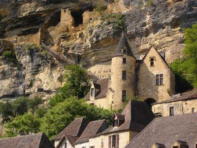 La roque gageac plus beaux villages de france routes touristiques de la dordogne guide touristique de nouvelle aquitaine