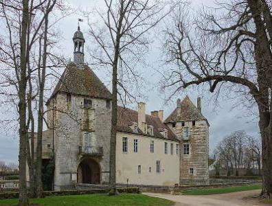Le chateau d epoisses route historique des ducs de bourgogne
