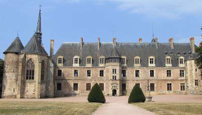 Le chateau de la palice route historique des chateaux d auvergne guide du tourisme de l allier