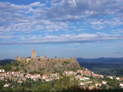 Le chateau de polignac route historique des chateau d auvergne guide du tourisme du haute loire