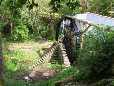 Le moulin de keriolet route des moulins en cap sizun finistere touristique 1