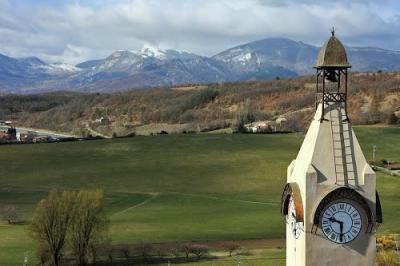 Le poet route napoleon hautes alpes guide touristique