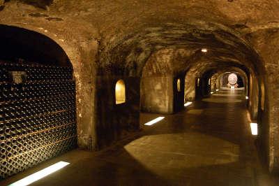 Les caves moet chandon epernay routes touristiques du champagne