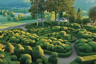 Les jardins du chateau de caudon jardins remarquable route touristiques de dordogne guide touristique de la dordogne nouvelle aquitaine