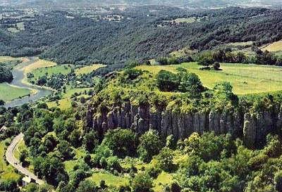 Les orgues de bort route des monts du cantal routes touristiques du cantal guide touristique auvergne