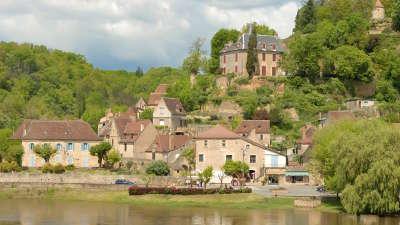 Limeuil classe plus beaux villages de france routes touristiques de dordogne guide du tourisme de nouvelle aquitaine