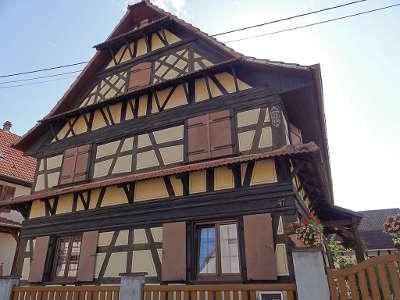 Lipsheim ferme xviiie 47 rue du general de gaulle route de la choucroute alsace guide du tourisme du bas rhin