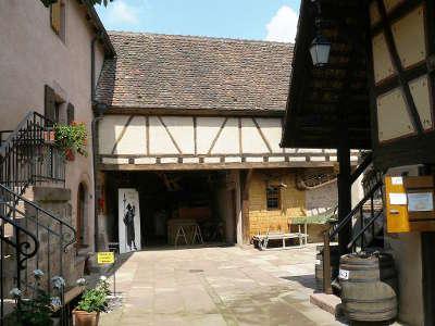 Maison du val de ville musee local route des eaux de vie guide du tourisme du bas rhin alsace