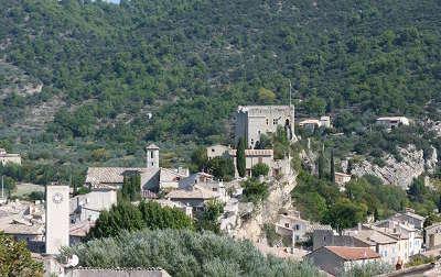 Mollans sur ouveze route des vins de la la drome provencale guide du tourisme de la drome